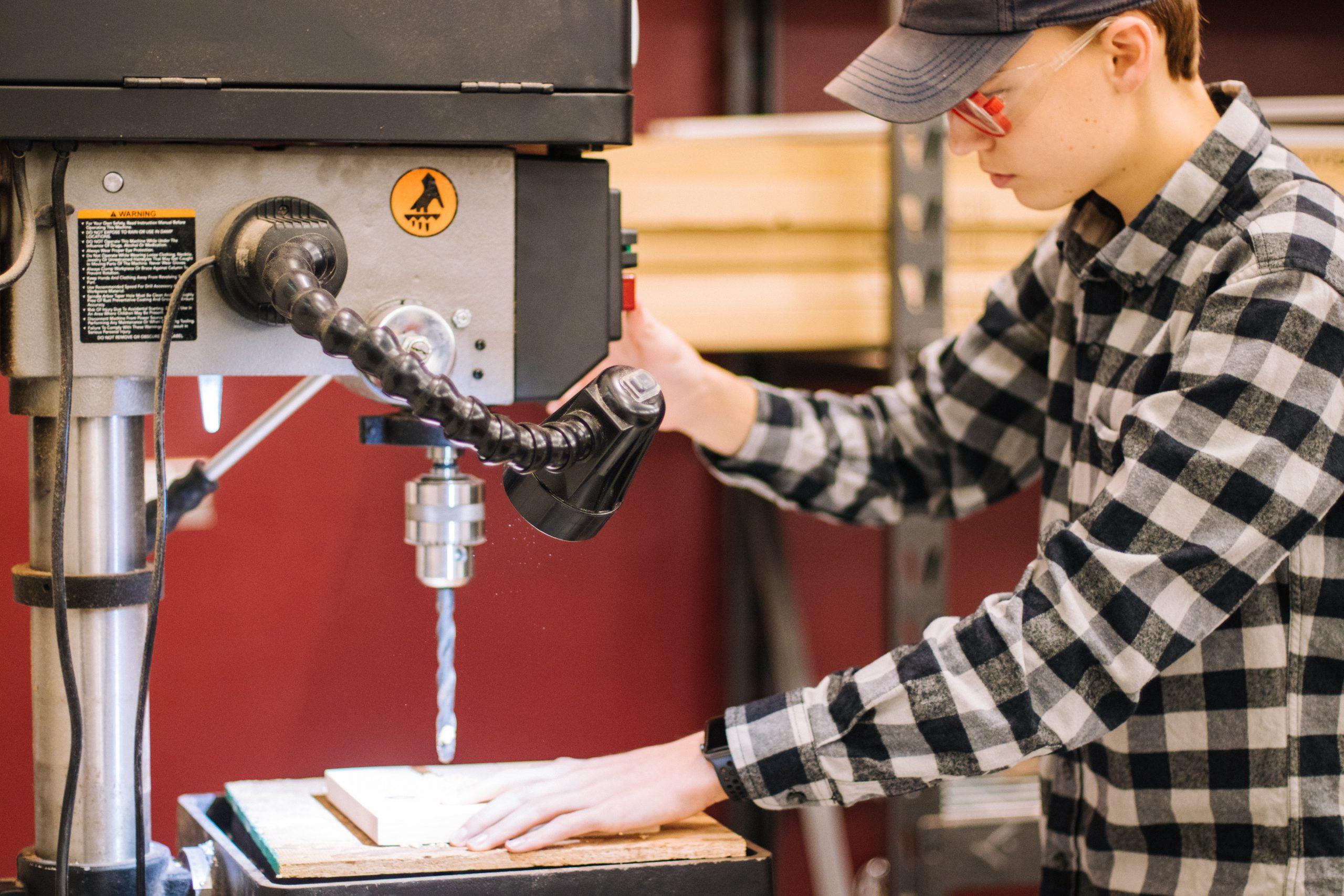 Waar kan een CNC bewerkingscentrum machine voor gebruikt worden